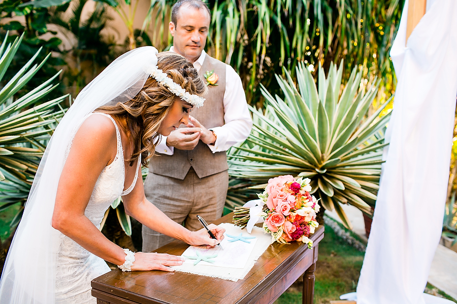 Intimate Hacienda Wedding in Mexico, Photography by Jonathan Cossu Photographer for Destination Wedding Blog Adriana Weddings