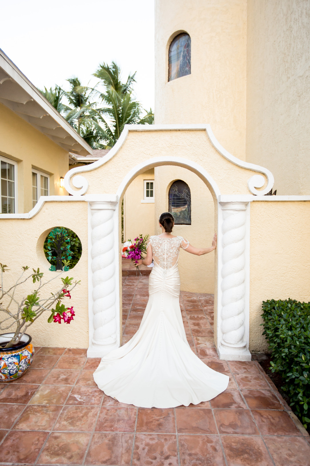 Paradise Island Vow Renewal In Beautiful Bahamas, Photography by BellaFoto Studios for Destination Wedding Blog Adriana Weddings