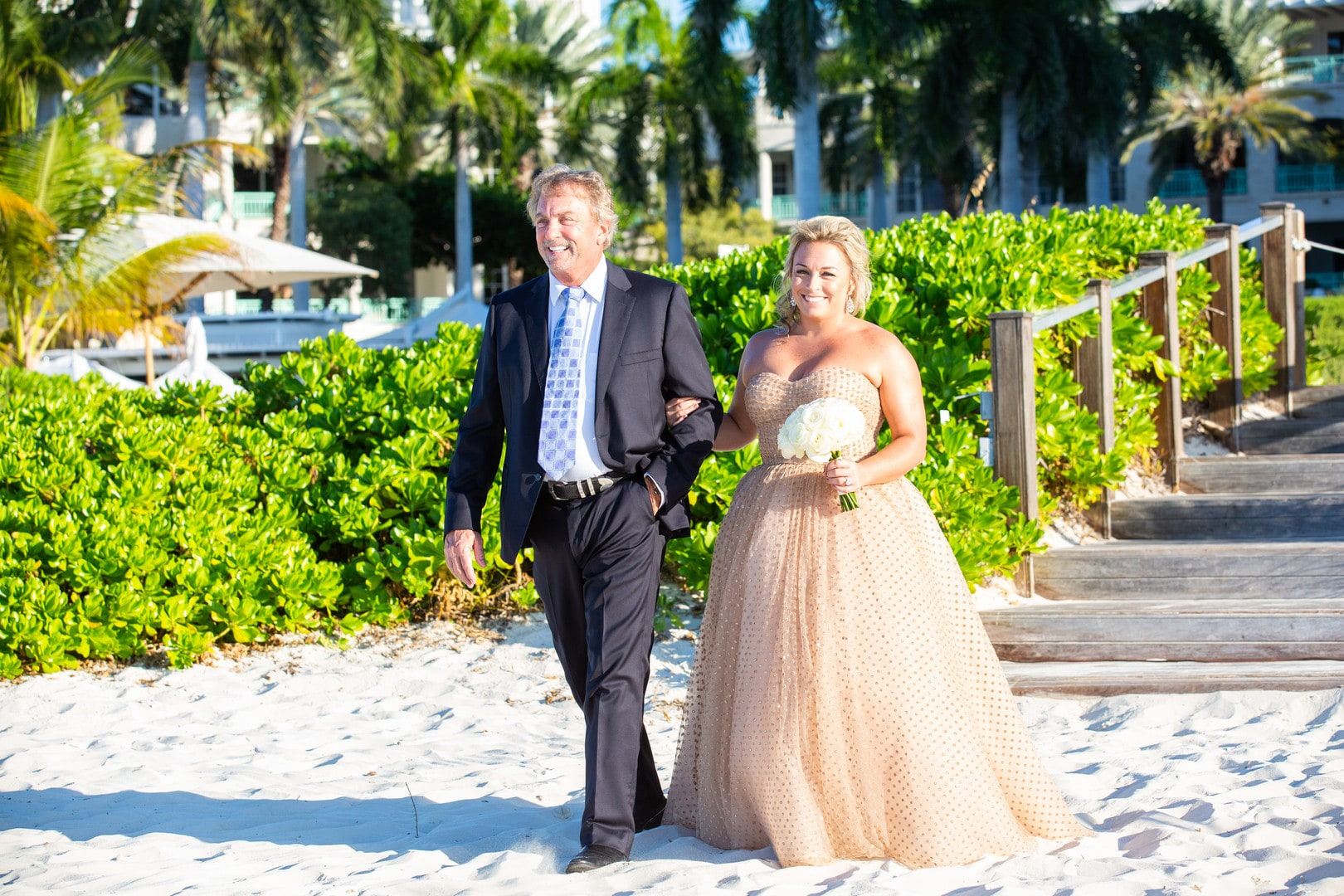 Classy wedding for a Non-Traditional Bride in the Turks & Caicos Islands, Photography by Paradise Photography for Destination Wedding network Adriana Weddings
