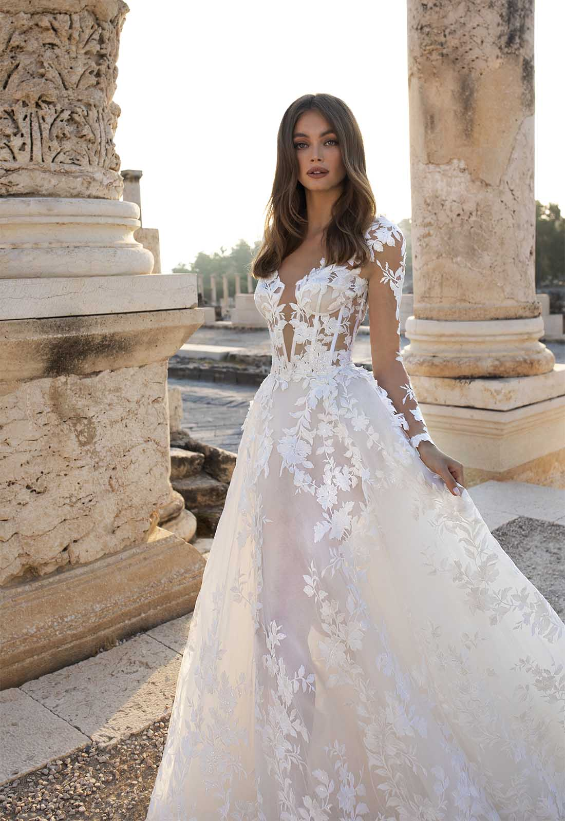 Pnina Tornai, 12 Insanely Stylish Wedding Dresses for your Destination Wedding for Destination Wedding network Adriana Weddings