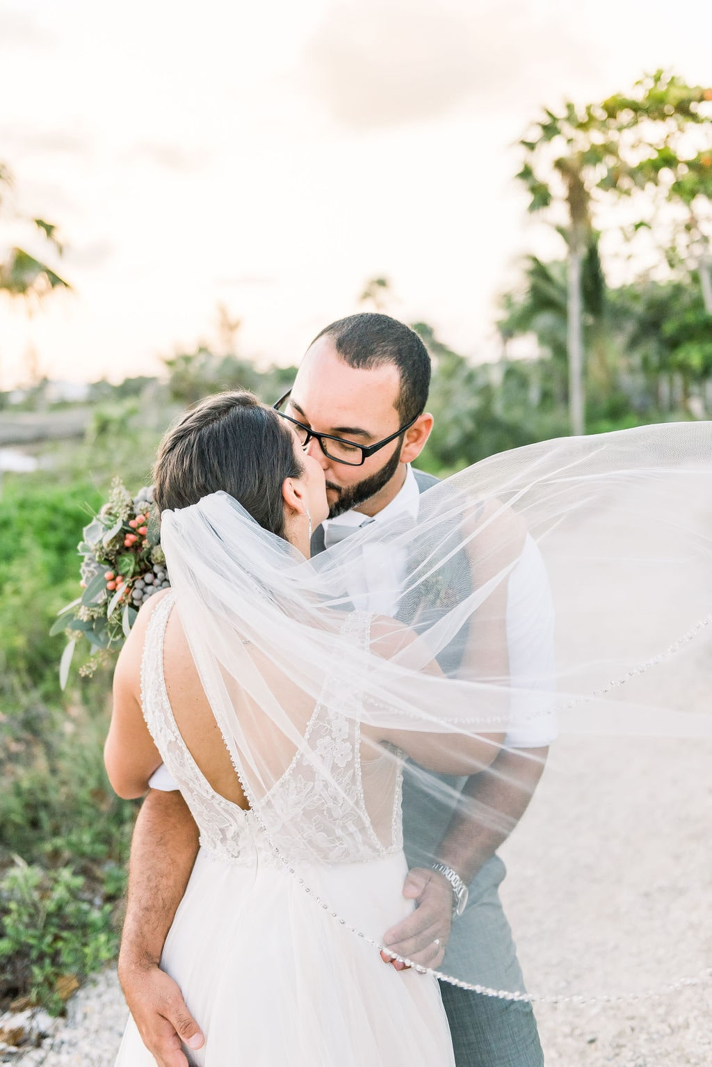 Tropical Wedding in the Cayman Islands with a Rustic Twist, Photography by Jenna Leigh Photography for Luxury Destination Wedding Blog Adriana Weddingsiana Weddings
