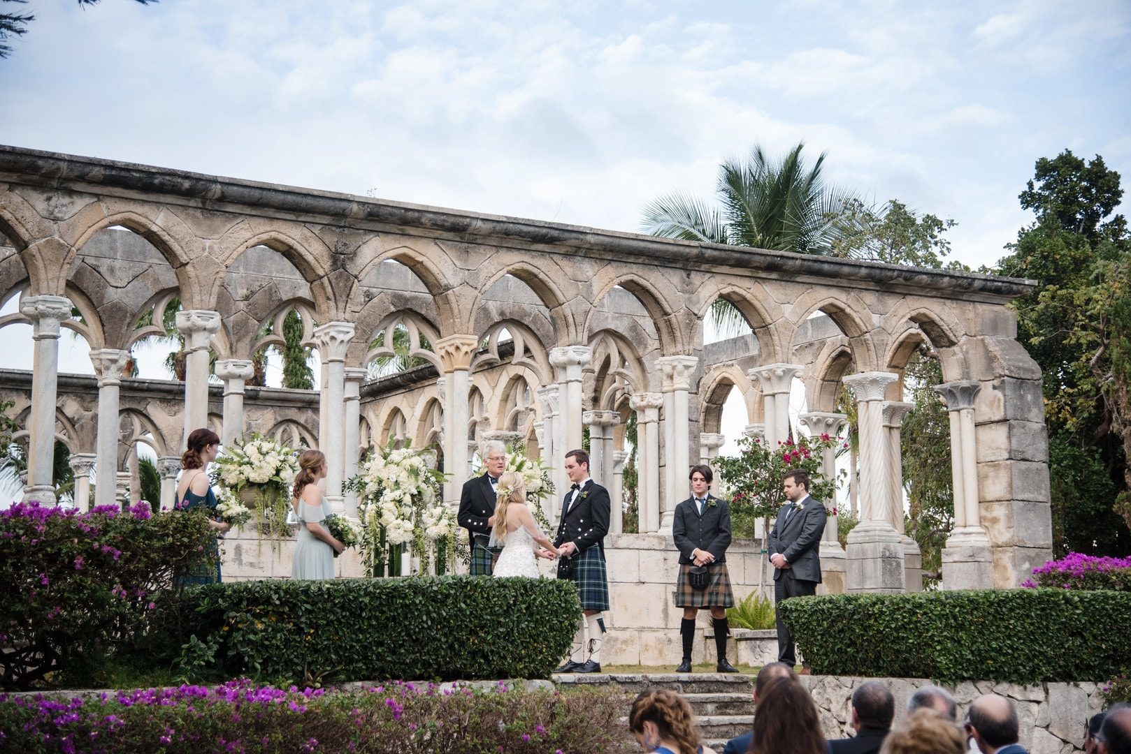 Gorgeous Destination Wedding at Four Seasons, Paradise Island, Photography by Susan Stripling Photography for Luxury Destination Wedding network Adriana Weddings