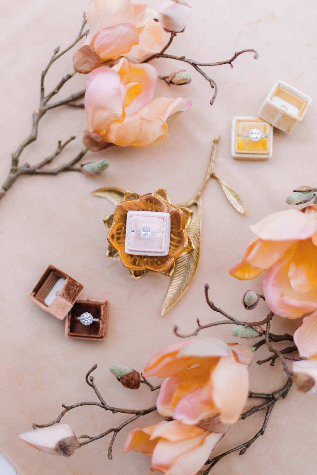 Higuera Ranch Wedding Inspiration for Floral Lovers, Photography by Apollo Fotografie {Fine Art Wedding Photo & Video} for Destination Wedding Blog Adriana Weddings