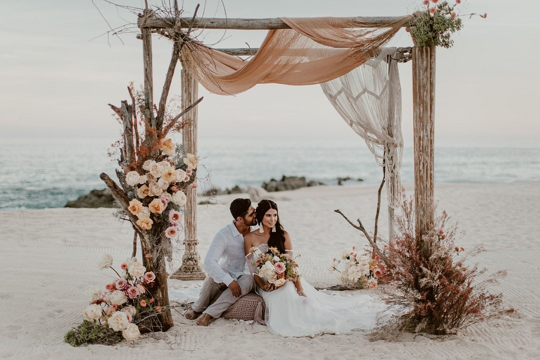 5 Reasons You Should Consider Eloping , Photography by Photo by Julieta for Destination Wedding Blog Adriana Weddings