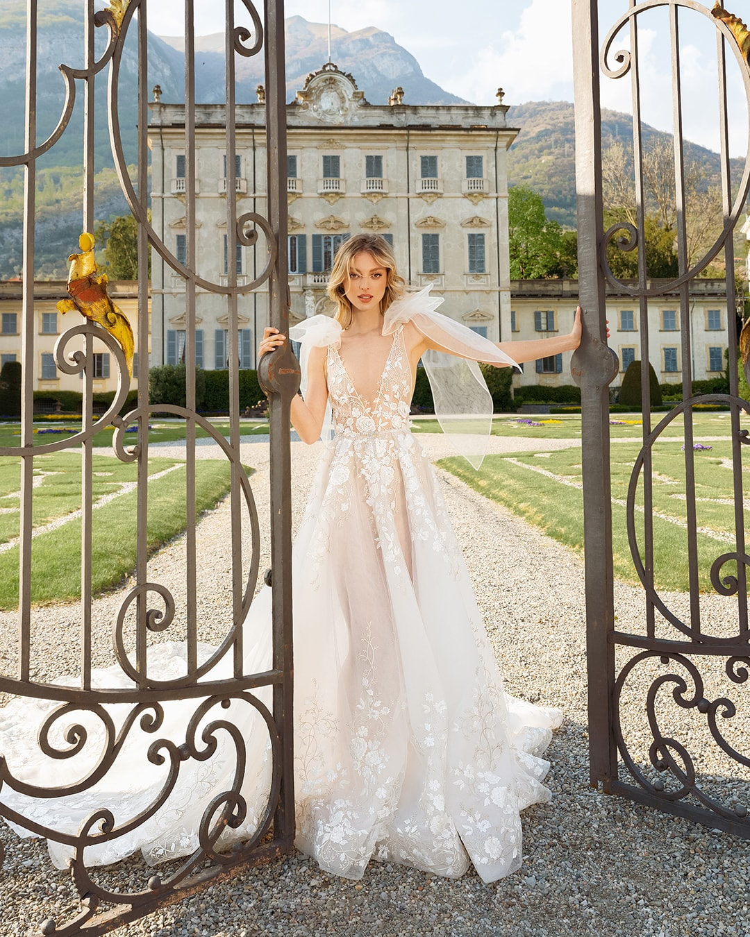 Berta's New Couture Collection: COMO SS 22